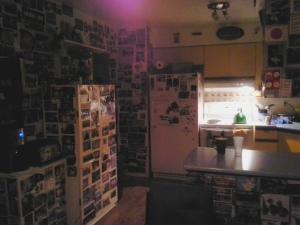 La cuisine du Beez Kneez hostel à Whitehorse, Yukon. Y'a de quoi donner le goût de voyager pour les 322 prochaines années!